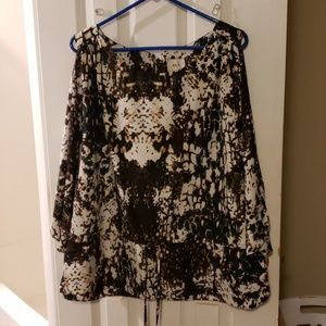 ECI New York Size XL Blouse with cinched waist.